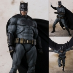 S.H. Figuarts - Batman (Justice League)(Pre-order)