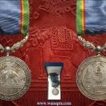 เหรียญที่ระลึกจักรมาลา (เหรียญดื้อ) พร้อมกล่อง เนื้อเงิน