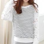เสื้อลายขวาง สีขาว แขนยาวแต่งผ้าบางลายฉลุดอกไม้ จั๊มเอว