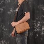 RV-6324 กระเป๋าสะพายข้างผู้ชาย หนังแท้ หนังนูบัค
