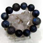 ▽สร้อยข้อมือ ลาบราดอไลท์ (Labradorite) และ ไคยาไนต์ (Blue Kyanite) 18mm. และ 20 mm