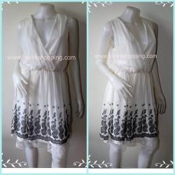 Dress0113--เดรสแฟชั่น ชีฟอง สีขาว Dosch อก 34-36 นิ้ว