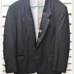 0047---เสื้อสูทชาย สีดำ Raffinati อก 44 นิ้ว
