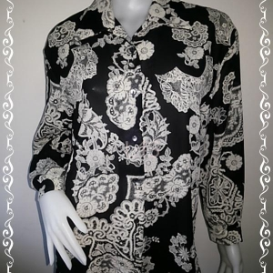 jp4365-เสื้อเชิ้ตแฟชั่น สีดำ ลายวินเทจ อก 42 นิ้ว