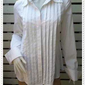 เสื้อเชิ้ต แบรนด์ สีขาว INC อก 35-37 นิ้ว