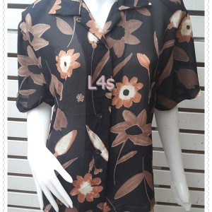 jp5083-เสื้อเชิ้ต วินเทจ สีดำลายดอกไม้ อก 41 นิ้ว