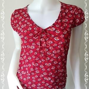 เสื้อแฟชั่น สีแดงลายดอกไม้ ESPRIT อก 33-34 นิ้ว