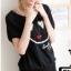 เสื้อยืดสีดำ สกรีนรอยยิ้ม Smile and Love สวยเท่ห์ thumbnail 1
