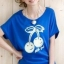 เสื้อยืดสีน้ำเงิน สกรีนลายน่ารัก ใส่ได้ทั้งแบบคอกลม หรือคอปาด สวยเปรี้ยว thumbnail 1