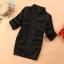 เสื้อทำงานเชิ๊ต สีดำ ตัวยาว แขนยาว พับติดกระดุม (สินค้าไม่รวมเข็มขัด) thumbnail 3