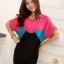 เสื้อแฟชั่น สีชมพูตัดต่อผ้าสีดำ ตัวยาวคลุมสะโพก เย็บย่นด้านข้าง thumbnail 2