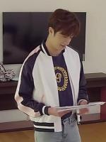 เสื้อแจ็คเก็ตสีขาวเบสบอล คังจีอุน Cinderella แต่งสายเก๋