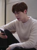 เสื้อแขนยาวสีขาวเบจ คังฮยอนมิน Cinderella and Four Knights