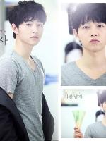 เสื้อยืดแขนสั้นเกาหลี คอ V ซง จุง-กิ สีเทา เรียบสวย