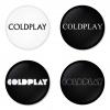 ของที่ระลึกวง Coldplay เลือกด้านหลังได้ 4 แบบ เข็มกลัด, แม่เหล็ก, กระจกพกพา หรือ พวงกุญแจที่เปิดขวด 1 แพ็ค 4 ชิ้น [17]