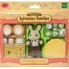 ซิลวาเนียน เฟอร์นิเจอร์ห้องอาหารกับคุณพ่อกระต่ายมิลค์ (EU) Sylvanian Families Milk Rabbit Father & Dining Room