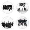 ของที่ระลึกวง Linkin Park เลือกด้านหลังได้ 4 แบบ เข็มกลัด, แม่เหล็ก, กระจกพกพา หรือ พวงกุญแจที่เปิดขวด 1 แพ็ค 4 ชิ้น [11]
