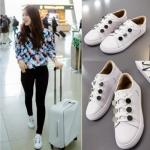 รองเท้าผ้าใบเกาหลี สีขาว Park Shin Hye แต่งเชือกผูก