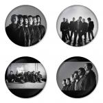 ของที่ระลึกวง Linkin Park เลือกด้านหลังได้ 4 แบบ เข็มกลัด, แม่เหล็ก, กระจกพกพา หรือ พวงกุญแจที่เปิดขวด 1 แพ็ค 4 ชิ้น [6]