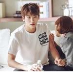 เสื้อยืดแขนสั้นสีขาว Park Hyung Sik แต่งพิมพ์ลาย