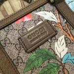 Gucci Tian GG Supreme tote ทำจากหนังแท้ canvas รุ่นใหม่ ล่าสุด ชนช็อป ใช้ได้ทั้ง ชาย และหญิง ถือก็ได้สะพายก็สวย มาพร้อมถุงผ้า การ์ด งานTop mirror/hiend