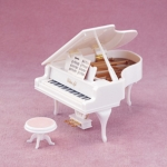 [SOLD OUT] ซิลวาเนียน แกรนด์เปียโนสีขาว (JP) Sylvanian Families White Grand Piano