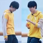 เสื้อฮู้ดแขนยาวสีเหลืองเกาหลี TFBOYS เรียบสวย แต่งแขนเสื้อ