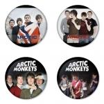 ของที่ระลึกวง Arctic Monkeys เลือกด้านหลังได้ 4 แบบ เข็มกลัด, แม่เหล็ก, กระจกพกพา หรือ พวงกุญแจที่เปิดขวด 1 แพ็ค 4 ชิ้น [13]