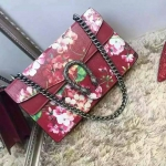 GUCCI Dionysus Blooms shoulder bag โทนสีแดง ชนช็อป LIMITED ของแท้เกือบแสนเลยจ้า ขนาด 11 นิ้ว ยอดฮิต ทำจากหนังแท้ทั้งใบอย่างดี มาพร้อม เดทโคท มาพร้อมถุงผ้า การ์ด สายสะพายทำจากโซ่ งาน Top mirror/hiend