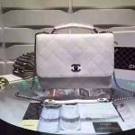 CHANEL flap bag with handle สีขาว ขนาด 12 นิ้ว ชนช็อป ปี2016 ทรงสวย ถือก็สวย สะพายก็สวย หนัง Craf อย่างดี หนังแท้ทั้งใบ มาพร้อม ถุงผ้า การ์ด ชาแนล มี HOLO งาน Top MIRROR/ HIEND