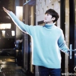 เสื้อกันหนาวคอเต่าสีฟ้า ลีมินโฮ ฮอจุนแจ แต่งขอบ