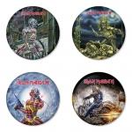 ของที่ระลึกวง Iron Maiden เลือกด้านหลังได้ 4 แบบ เข็มกลัด, แม่เหล็ก, กระจกพกพา หรือ พวงกุญแจที่เปิดขวด 1 แพ็ค 4 ชิ้น [10]