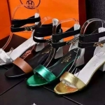 รองเท้าแบรนด์เนมHermes มี4สี กรุณาเลือกสีด้านใน ,งานhiend original สินค้านำเข้า เกรดดีสุดในท้องตลาด คัดสรรมาอย่างดี