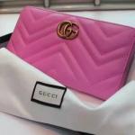 กระเป๋าสตางค์ GUCCI GG Marmont zip around wallet รุ่นใหม่ สีชมพู