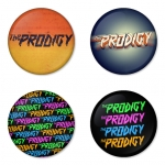 ของที่ระลึกวง The Prodigy เลือกด้านหลังได้ 4 แบบ เข็มกลัด, แม่เหล็ก, กระจกพกพา หรือ พวงกุญแจที่เปิดขวด 1 แพ็ค 4 ชิ้น [7]