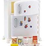 ตู้เย็นซิลวาเนียนสีขาว (EU) Sylvanian Families Fridge & Accessories