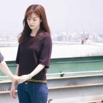 เสื้อยืดแฟชั่นสีม่วง โอยอนจู W Two Worlds แต่งขอบ