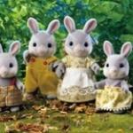 ครอบครัวซิลวาเนียน กระต่ายคอตตอนเทล 4 ตัว Sylvanian Families Cottontail Rabbit Family