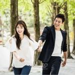 เสื้อแฟชั่นเกาหลี ยูฮเยจอง Doctors สีขาวเบจ แต่งแขนเสื้อระบายน่ารัก