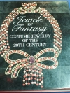 Jewels of fantasy . costume jewelry of the 20th century ปกแข็ง 408 หน้า ปี 1992
