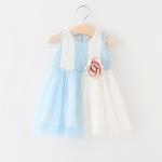 เดรสเด็กหญิงสีฟ้าสลับขขาว ติดดอกไม้ช่วงเอว ดูหวานน่ารัก สวยมากค่ะ