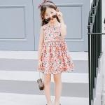 ชุดเดรสสาวน้อยสีฟ้าลายดอกไม้เล็กๆสีส้ม ด้านหลังเว้าเป็นรูปหัวใจ น่ารักสดใสมากค่ะ