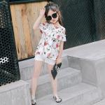 ชุดเซ็ท 2 ชิ้น เสื้อเปิดไหล่ลายดอกไม้+กางเกงขาสั้นสีขาว น่ารักสดใส ใส่สบายมากๆค่ะ