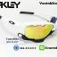 แว่นตาปั่นจักรยาน Oakley Jawbone [สีขาว-ดำ] thumbnail 1
