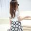 ชุดเซ็ทสาวน้อย เสื้อแฟชั่นสีขาว + กระโปรงลายดอกไม้สีดำ สวยน่ารักมากๆเลยค่ะ thumbnail 4