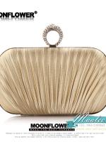 พร้อมส่ง Evening Clutch กระเป๋าออกงาน สีทอง แบบอัดพลีทจับจีบผาซาติน ที่เปิดคริสตัลหัวแหวน มาพร้อมสายสะพายสั้น/ยาว