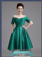 พร้อมส่ง ชุดราตรีสั้น ปาดไหล่ แขนสั้น ผ้าซาติน คอเว้า Sweet heart กระโปรงจับจีบ สวยหรู สีเขียว (เชือกผูกหลัง)