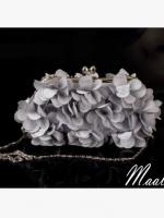 พร้อมส่ง Evening Clutch กระเป๋าออกงาน ทรงดอกไม้สามมิติ สีเทา ประดับคริสตัลคู่ปากกระเป๋า มาพร้อมสายสะพายสั้น/ยาว