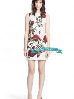 Pre-order ชุดเดรส Shift dress สีขาว พิมพ์ลายดอกกุหลาบ Red rose collection