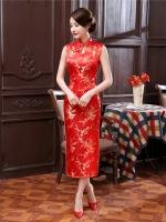 Pre-order กี่เพ้า แขนกุด สีแดง ลายดอกบ๊วย Cherry Blossom ผ้าไหมจีน กุ๊นขอบ ตัดเย็บอย่างดี